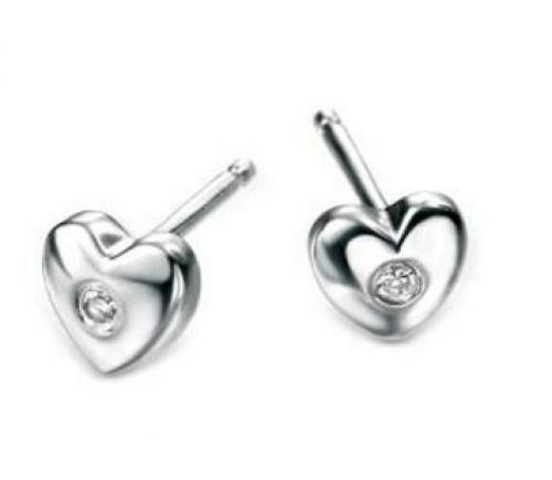 Lasten sydän korvakorut aidolla timantilla. D for diamond E572