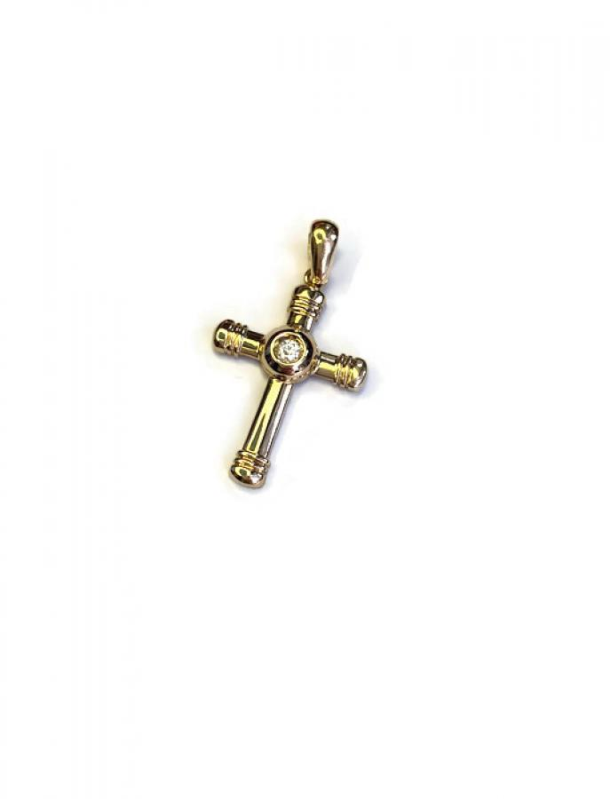 Kultainen risti timantilla